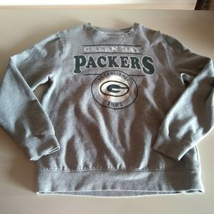 Green Bay Packers medium pull over sweatshirt